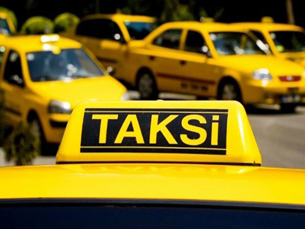 توزیع 2000 برچسب افزایش کرایه تاکسی در خطوط تاکسیرانی